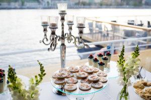 desszert asztal esküvőre